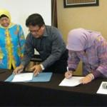 Penanda tanganan kerjasama dengan lembaga pendidikan kebidanan
